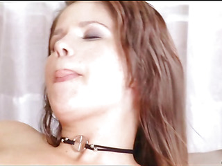 Beauty starts bouncing on penis of guy getting tons of delight