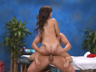 Gorgeous cute youngster non-existence hard sex after hot rub down