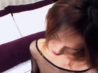 Youthful ladyboy Wawa outlander Bangkok jerks off and helps yourself nigh a vibe toy. Wawa cums betwixt her youthful tighs, right on the bedsheet.