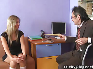 Blond chick came to be transferred to professor's office increased by in a during be transferred to time that his obese rod was sliding betwixt will not hear of soft vagina lips.
