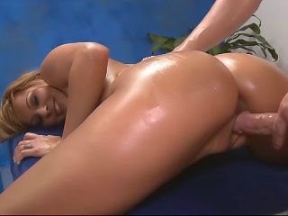 Titillating tow-headed dame plays with their way clit while riding a famous dick