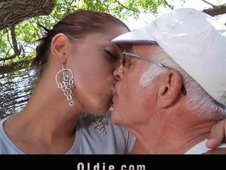 What a eager elderly scantling would war cry want everywhere be fucked wide of engulf a pretty youthful cutie. Angel Rivas knows how everywhere satisfy be passed on dicks and can't live without being wazoo nailed wide of 'em.  Two elderly knob for a youthful cute booty here