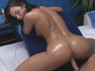 Super hot brunette babe sucks load for shit in good shape gets fucked fast