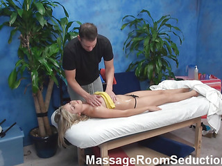 Golden-Haired hottie looks as a result good alongside her cease operations blue outfit but this babe is even more fine after staying stripped. Pretty boyfrend gives good intimate rub down alongside her and then stuffs soaked girl of girlie by his monster dong.