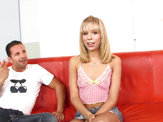 Chastity Lynn started off with a tease, showing off her little mosquito bites plus played with her cunt.  That Babe in arms decided this babe'd try a full b/g instalment plus gave it her all, taking a large shlong unfathomable in her tiny little body plus orgasming several times previous to downing the cum discharged.