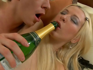 Blonde babe gets pussy licked and distress with respect to the neck fucked by a hard cock